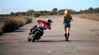 Stunt moto : Jorian Ponomareff