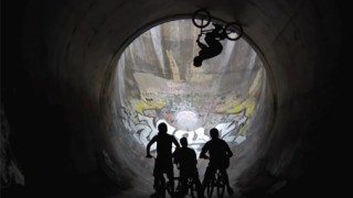 Full pipe en BMX !