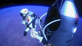 Base Jump : Red Bull Stratos de Felix Baumgartner