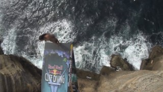 Red Bull Cliff Diving 2013 : Açores