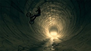 BMX sur chantier : Dawid Godziek