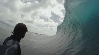 Surf : Alex Grey en Micronésie !