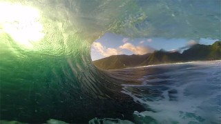 Nat Young remporte l'ASP GoPro Challenge à Tahiti !