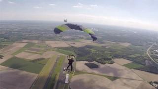 Parachute, VTT Dirt, Parkour : Julien Petrisot !