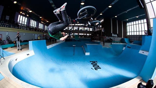 piscine transformee skatepark
