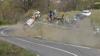 Compilation best of de crashs en rallye