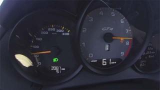 Acceleration Porsche Cayman GT4