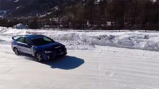 Subaru WRX sur circuit de glace