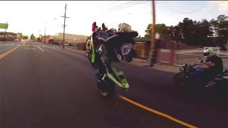 Les Streetfighterz sont de sortie pour une session stunt moto !