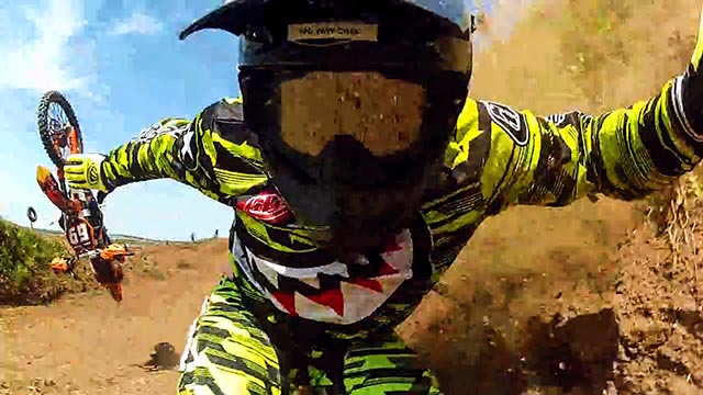 pires chutes à motocross