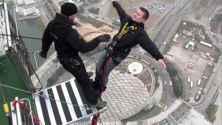 Plus grand saut à l'élastique au monde !