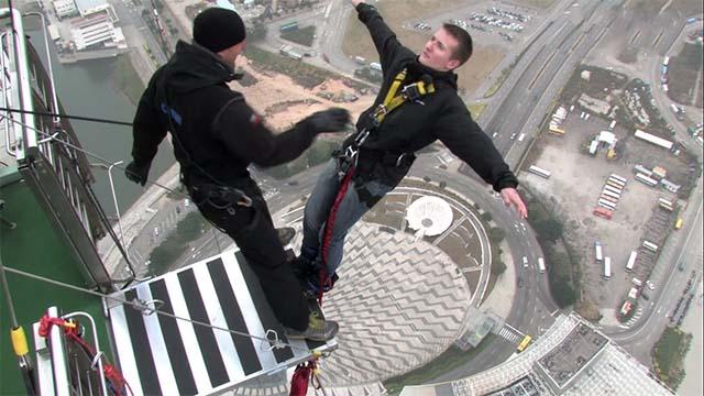 plus grand saut à l'élastique au monde